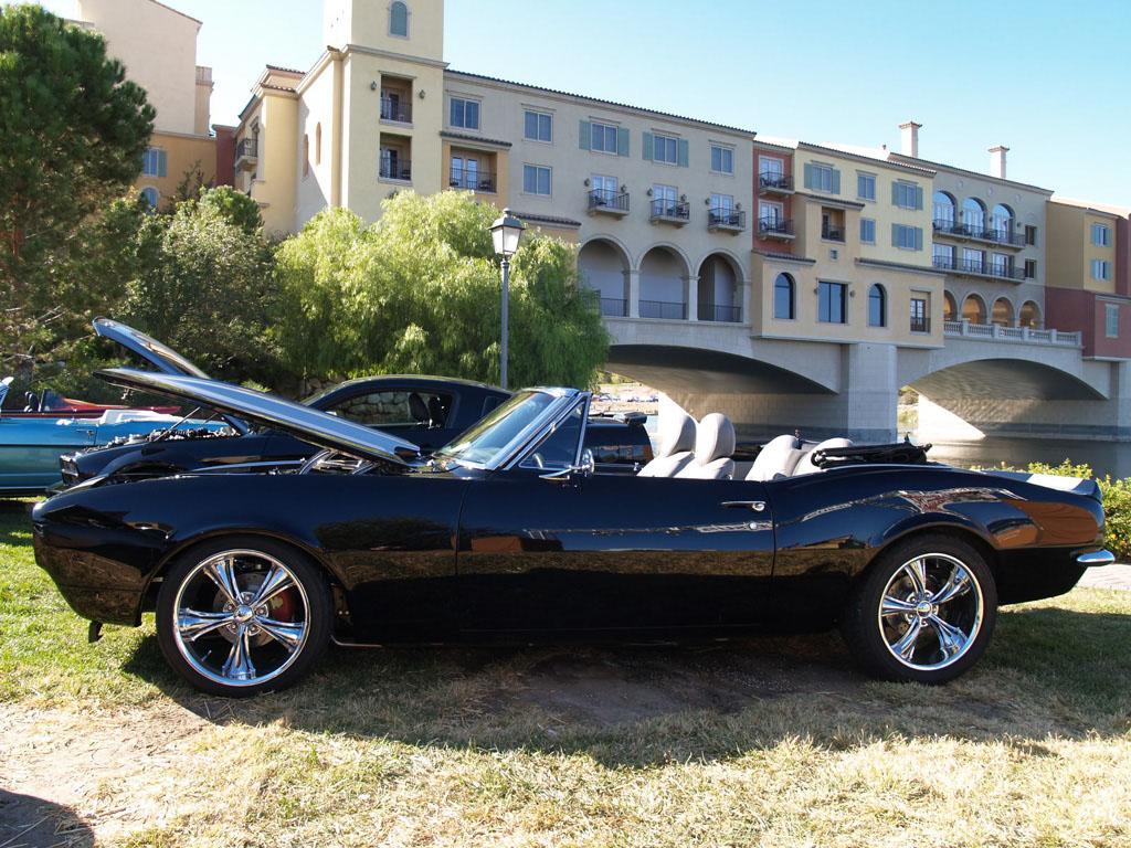 Chevy Camaro at Lake Las Vegas Car Show 2011