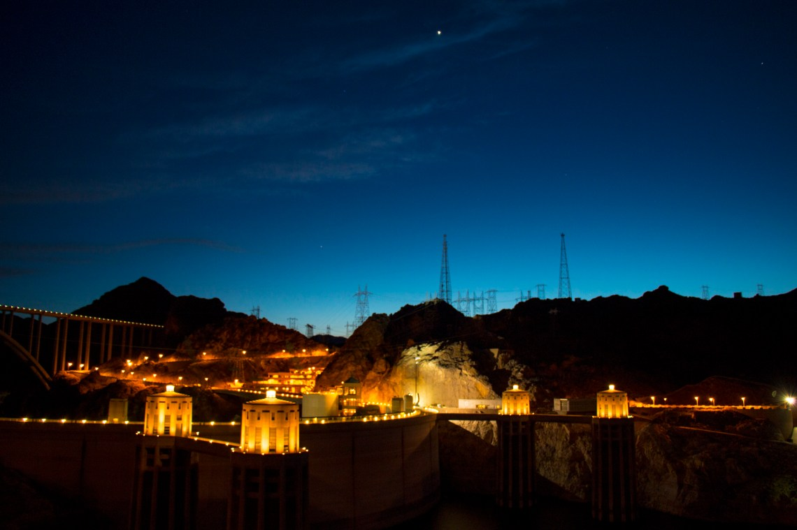 Hoover_Dam_Night_Photography
