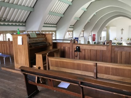 The console of the organ by J. W. Walker and Sons (1963) in the church of St Joan of Arc, Highbury, London.