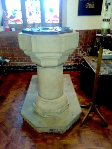 The font at St Aldhelm's church, London N18 (W. D. Caroe, 1903) in 2017.