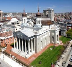 Basilica of the Assumption, Baltimore (USA) 1821, by British architect B. H. Latrobe (1764–1820)