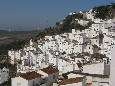 blinding-white-houses-of-casares1