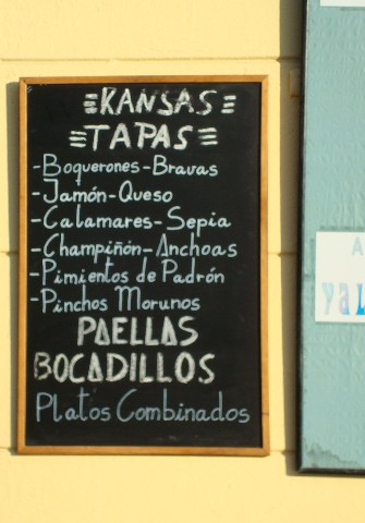 menu-del-dia-at-cafeteria-kansas-in-valencia-spain