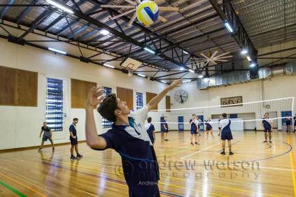 Image of students playing volleyball in gymnasium