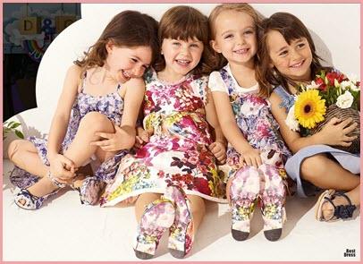 Фото девочек в ярких сарафанах