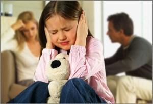Родители ссорятся, а ребёнок страдает