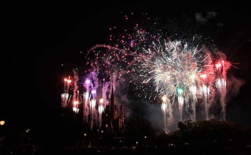 Fireworks Dessert Party: Assistindo aos fogos Wishes de camarote no Magic Kingdom