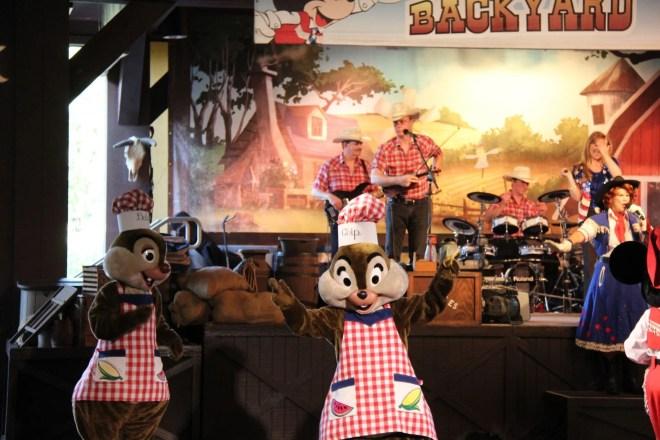 Mickey's Backyard BBQ Churrasco do Mickey
