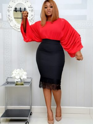 RED EXAGGERATED SLEEVE TOP