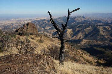 Ausblicke auf ein trockenes Land vom Mount Diablo