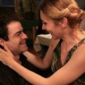Praktican vodic kroz Beograd sa pevanjem i plakanjem (2011) domaći film gledaj online
