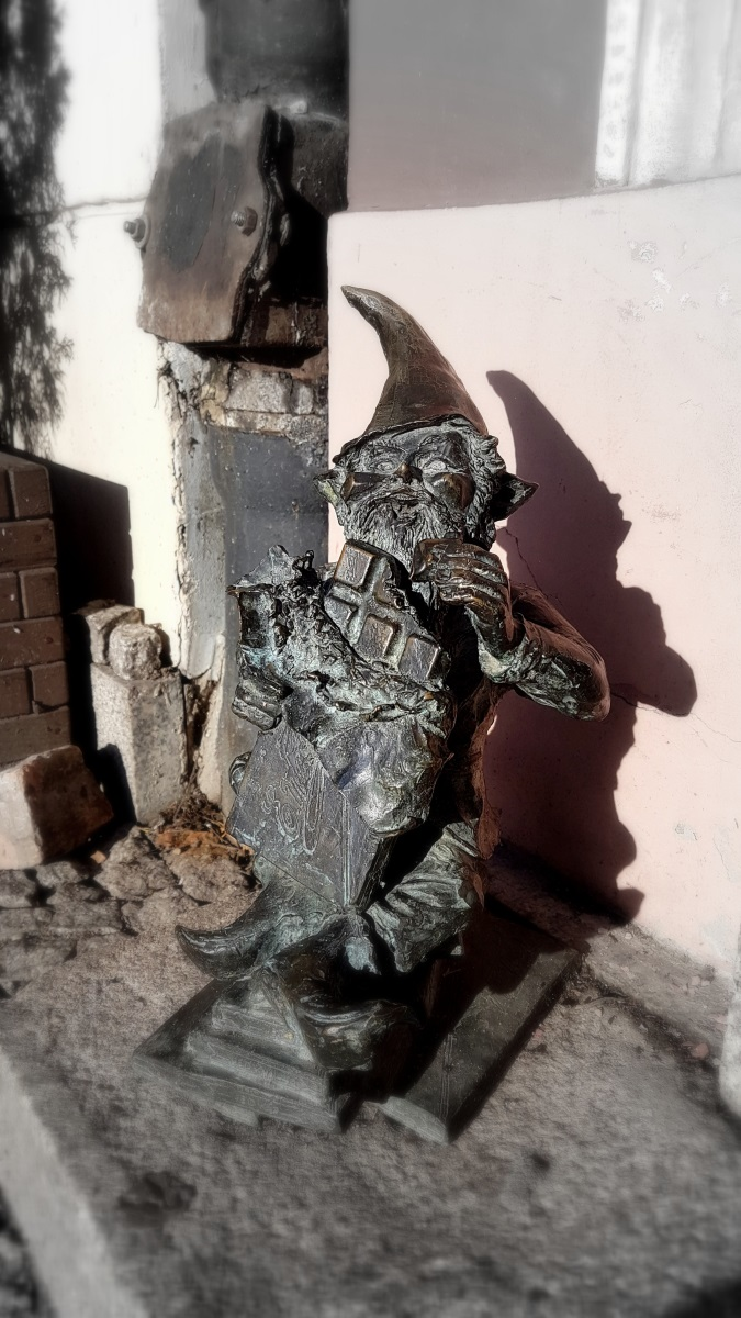 Gnomes in Wroclaw (10)