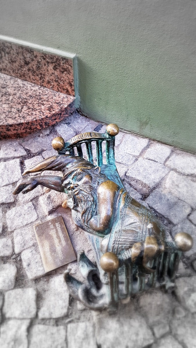 Gnomes in Wroclaw (12)