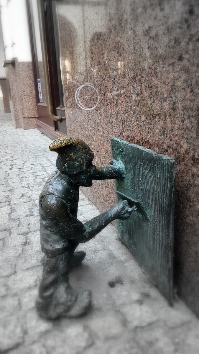 Gnomes in Wroclaw (7)