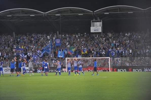 Die Spieler des FC Porto bedanken sich für den Support.