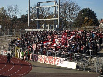 500 Gästefans aus Reutlingen