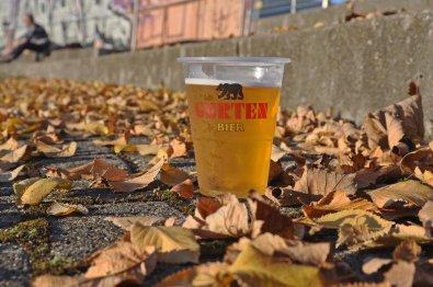 Beinahe perfektes Werbefoto für das vor Ort ausgeschenkte Bier
