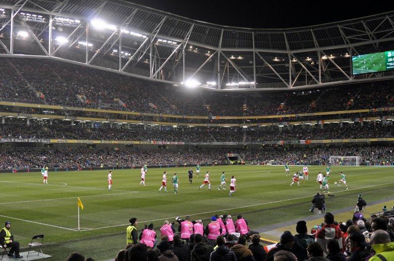 Sicht vom Gästeblock aus in das imposante Aviva Stadium