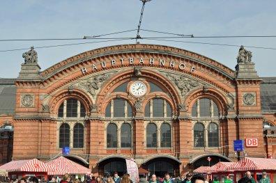 Der Hauptbahnhof im norddeutschen Bremen