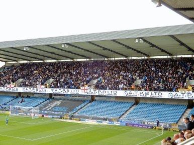 Die mitgereisten Fans aus Leeds