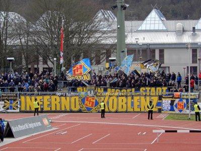 Der aktive Kern, das Inferno Koblenz, beim Duell gegen die Kickers aus Stuttgart
