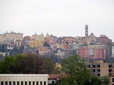 Fast so farbig wie das neue Stadion - die Altstadt von Frosinone