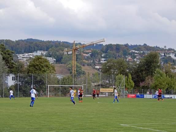 Viertligafussball auf der Sportanlage Moos
