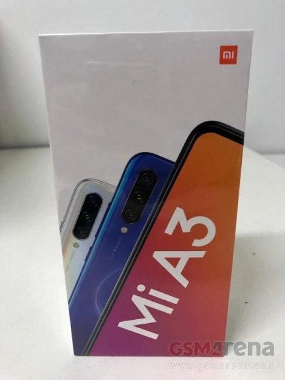 Фото Xiaomi Mi A3 из коробки и характеристики новинки – фото 1
