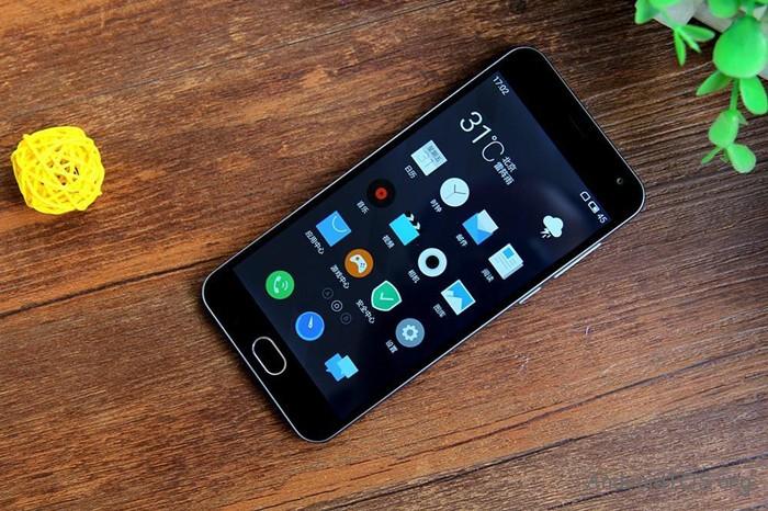 Meizu М2 mini (лучшие китайские смартфоны за 2015 год)