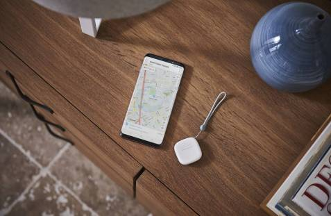 SmartThings Tracker - Lifestyle Images