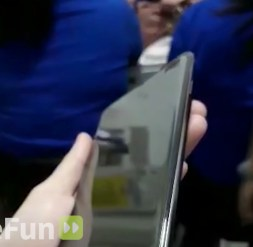 Samsung Galaxy S10 Plus Hands-on 5