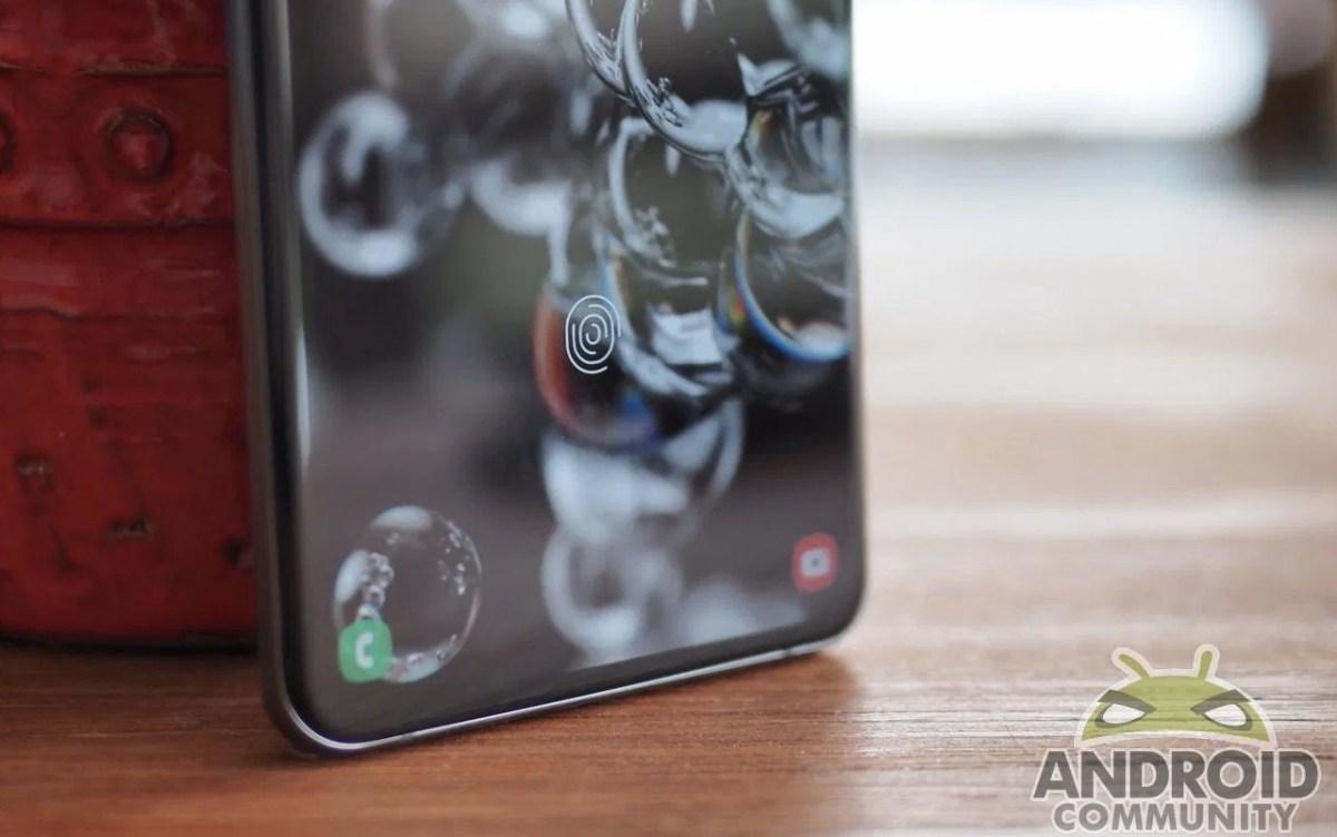 Samsung Galaxy S20 Ultra shows a green tint after an update