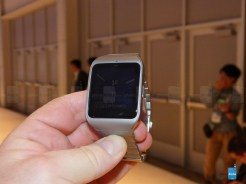 Sony-Smartwatch-with 3 con correa metalica 10