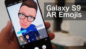 Samsung AR Emojis versus Apple Animojis