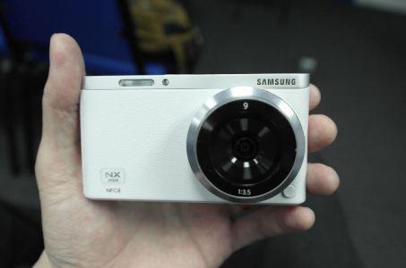 Samsung NX Mini Leaked in Shots