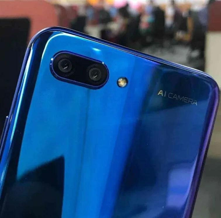 Huawei Honor 10 Esgotou em poucas horas na Europa image