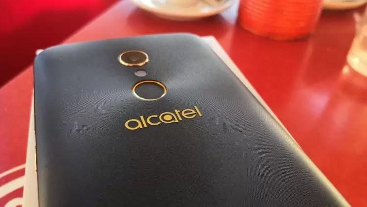Análise Alcatel A7 um smartphone competente de bateria gigante 1
