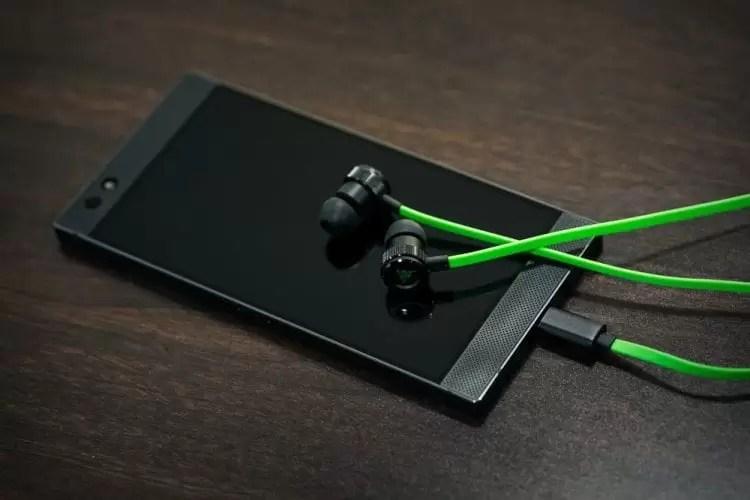 Utilizadores do Razer Phone com problemas de digitalização de impressões digitais, câmara e ecrã 1