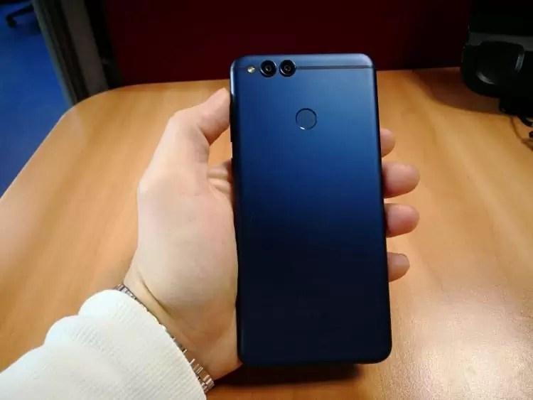Novo e misterioso smartphone Huawei muito parecido com Honor 7X surge online 3