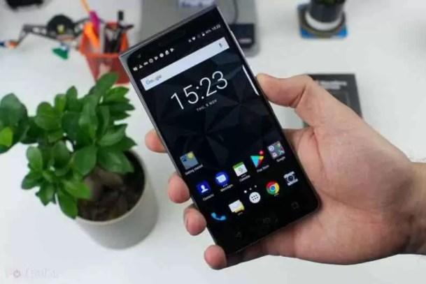 Tudo o que precisas saber sobre o BlackBerry Motion 1