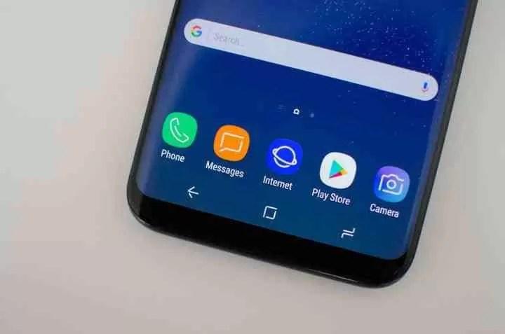 Bug Samsung Messages pode partilhar a galeria inteira sem permissão 1
