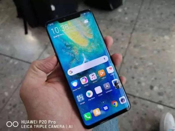 Um modelo mais barato Huawei Mate 20 Pro existe, mas não é para nós 1