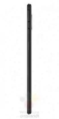 OnePlus 6T em preto meia-noite