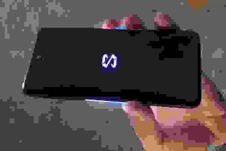 Xiaomi Black Shark 2 em vídeo hands-on, revela logotipo RGB 1