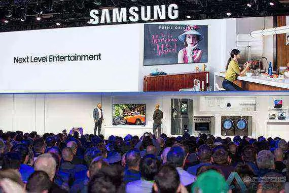 CES2019 Samsung Press Conference_Smart TV_Universal Guide Demo.jpg