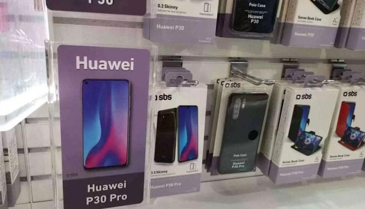 CEO da Huawei visto com o Huawei P30 Pro 8