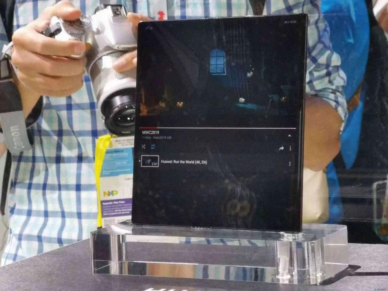Já conhecem o Huawei Mate X com ecrã dobrável e 55W Super Charge? 4