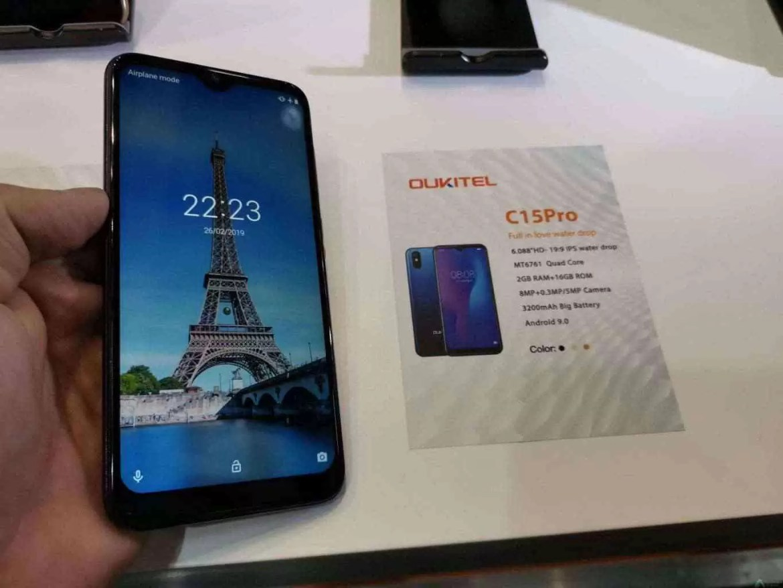 """OUKITEL marca posição no MWC 2019 com Smartphones: 7.12""""Waterdrop display,10000mAh e 5V/6A quick charge 2"""