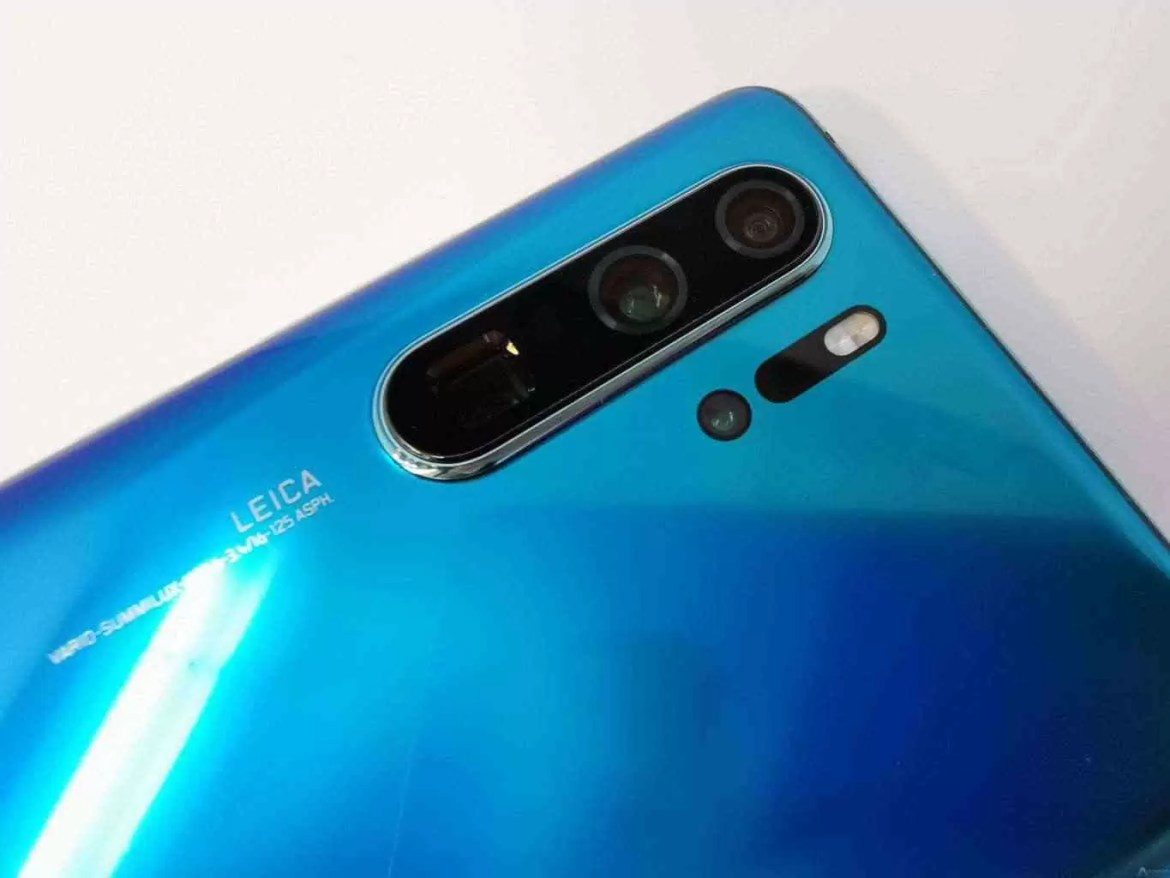 Absolutely scary  The Huawei P30 Pro survives the torture test