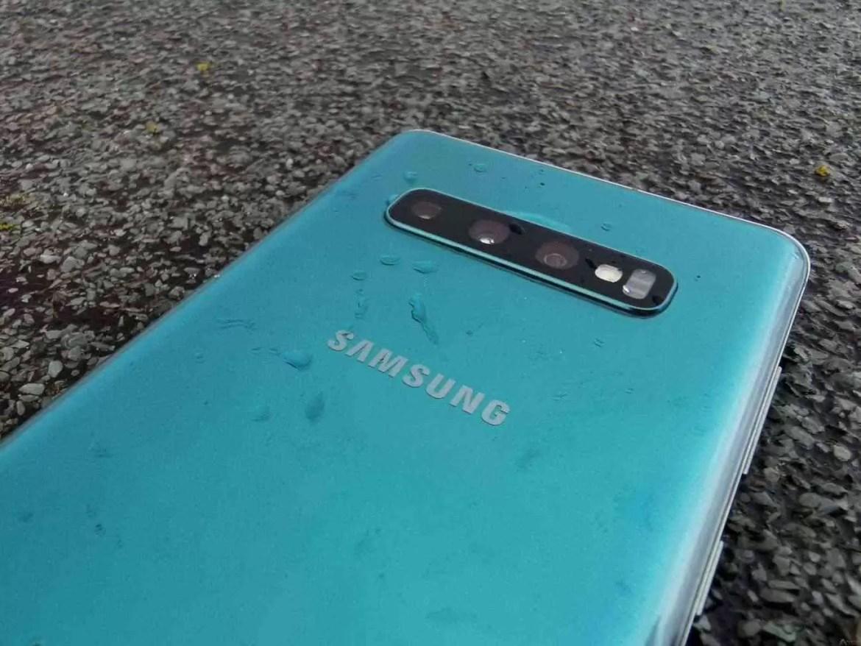 Análise Samsung Galaxy S10 Plus: Um ecrã mágico, câmaras impressionantes e uma bateria incrível. Mas não é só 11